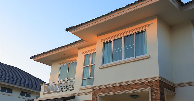 Pros and Cons Buying Foreclosed properties